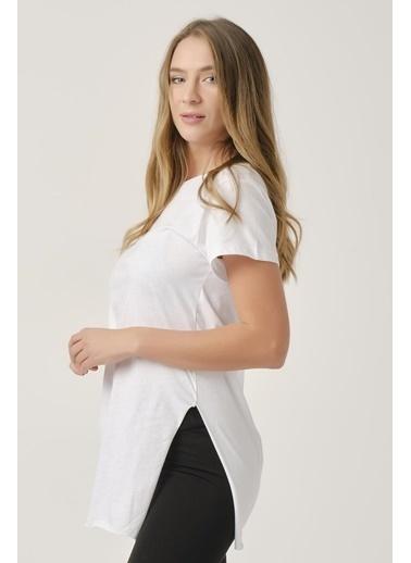Elif İç Giyim Kadın Bisiklet Yaka Basic Tişört Beyaz